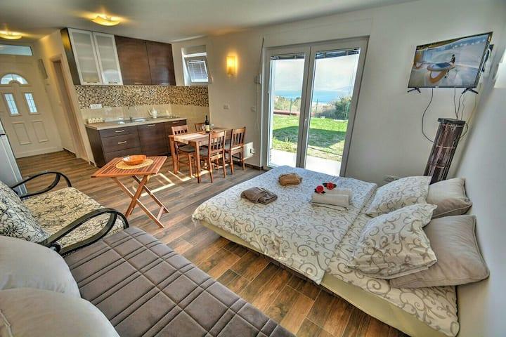 Beautiful view studio, Apartments Blazevic