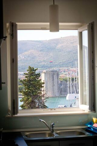 Apartments Marija,centar & parking - Trogir - Casa