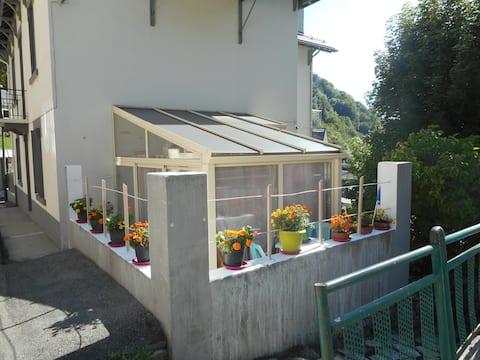 BAREGES  studio on ground floor with veranda