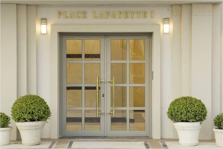 Excelente monoambiente  Edificio Place Lafayette