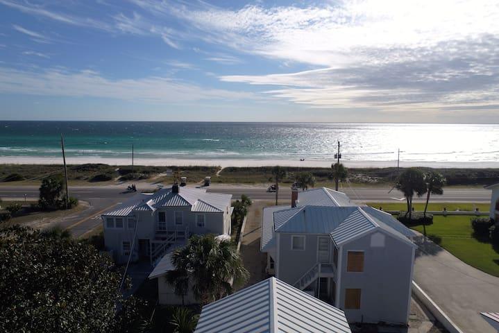 Front Beach Hideaway