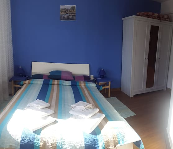 Studio BLUE 2 min from  beach and 10 min from city - Poreč - Rumah