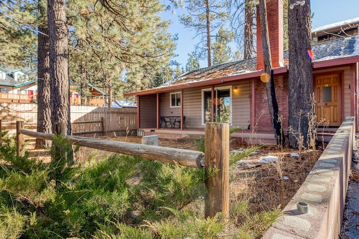 Updated mountain retreat with porch & forest views - Dogs welcome!