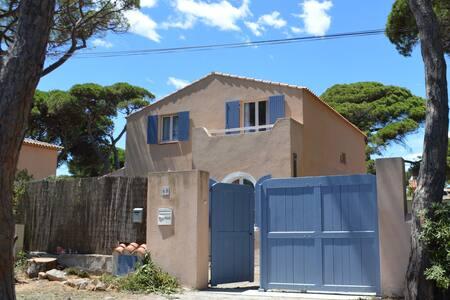 Villa a 50 metres de la plage - Hyères