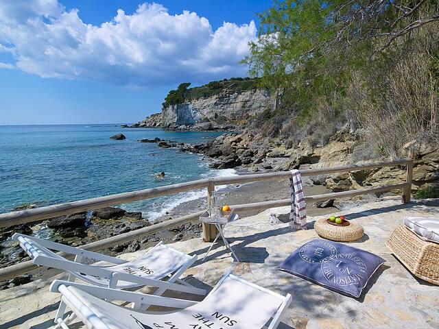 Private Beach ''Pelagaios villas''