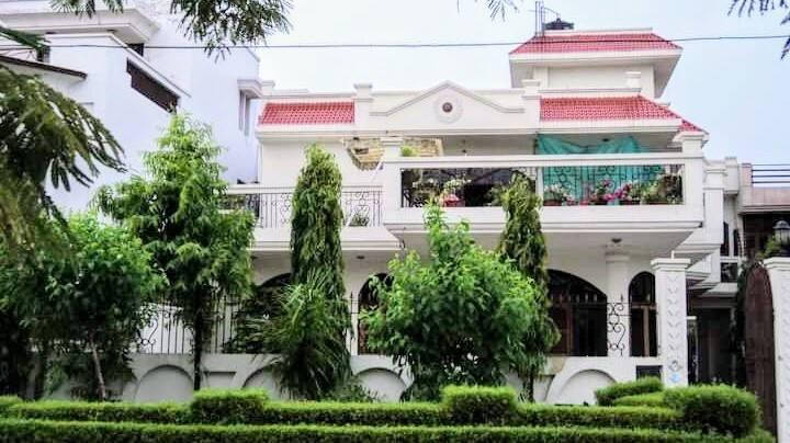 3 BHK Luxury Bungalow Apartment with Garden.