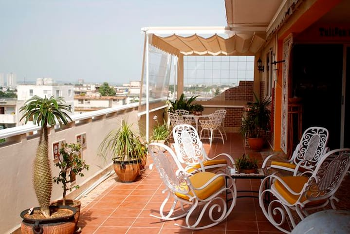 Tulip Penthouse - La Habana - Apartment