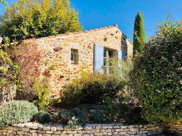 Mazet provençal - la Bergerie des Sources