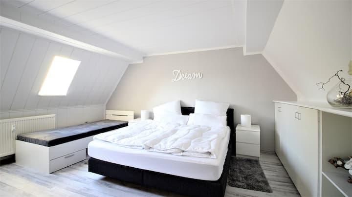 Charming holiday flat in beautiful Randersacker