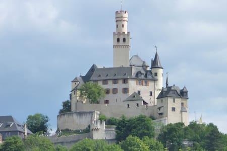 FeWo in Braubach unterhalb der Marksburg