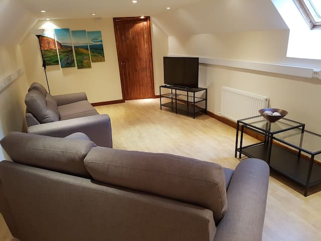 Spacious self-contained flat with private access