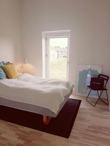 New modern house near Aarhus - Hasselager - Casa
