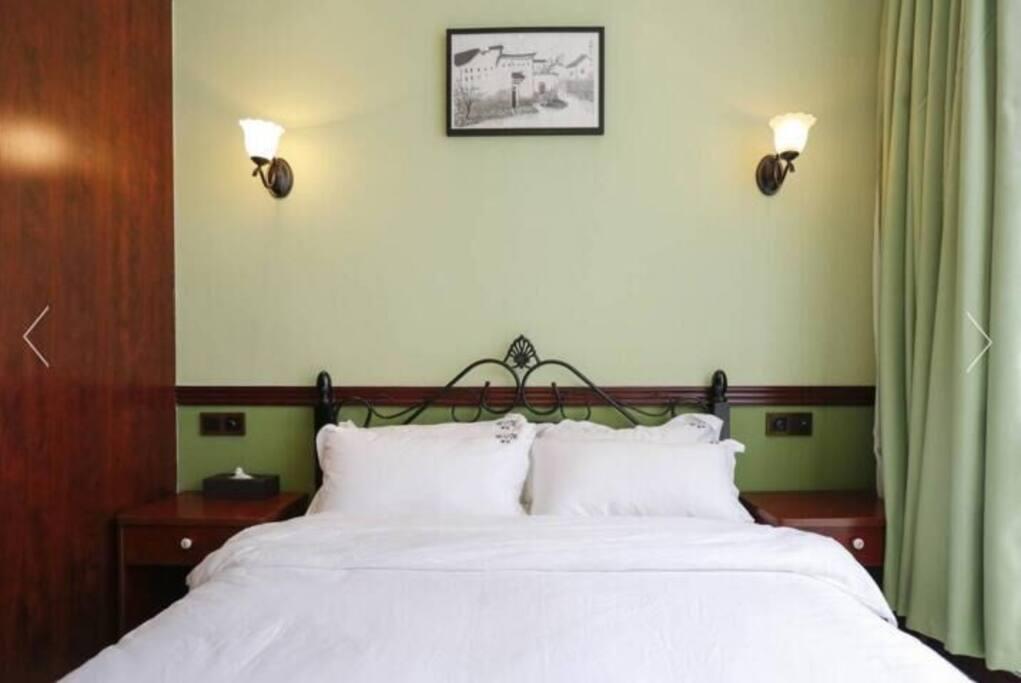 绿了芭蕉房1.8米床