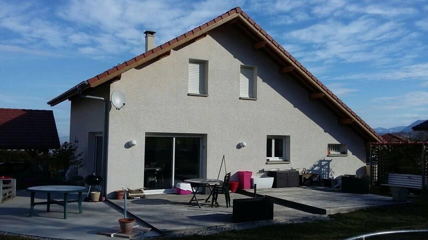 Villa charmante récente - La Roche-sur-Foron - Hus