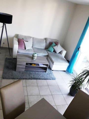Bel appartement 2 pièces, équipé et lumineux