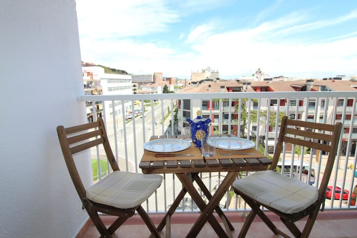 2 bedroom apartment in the center of Calella