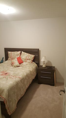 Female Guest Room .Feel at home private cozy room.