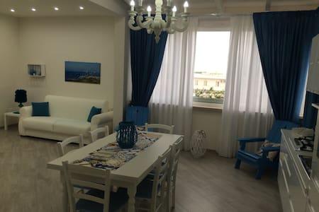 Affascinante casa vacanze sul mare - Torre Santa Sabina