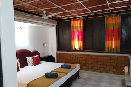 "KAIRALI PALACE HOME STAY "" Heritage """