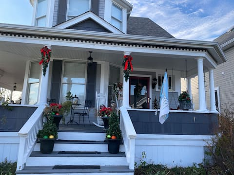 The Plum House, a charming bed and breakfast