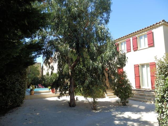 Maison au soleil avec piscine  - Corneilla-la-Rivière - House