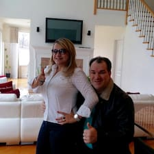 Elaine & Jorge is the host.