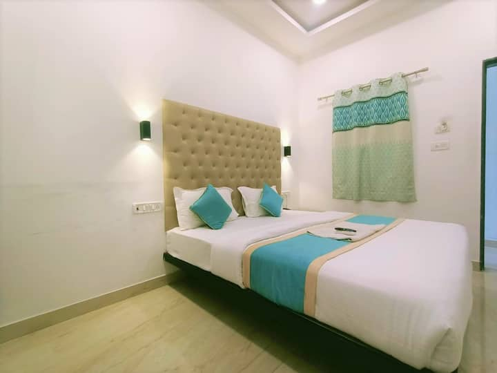 Couple Friendly Rooms Near Secunderabad Station