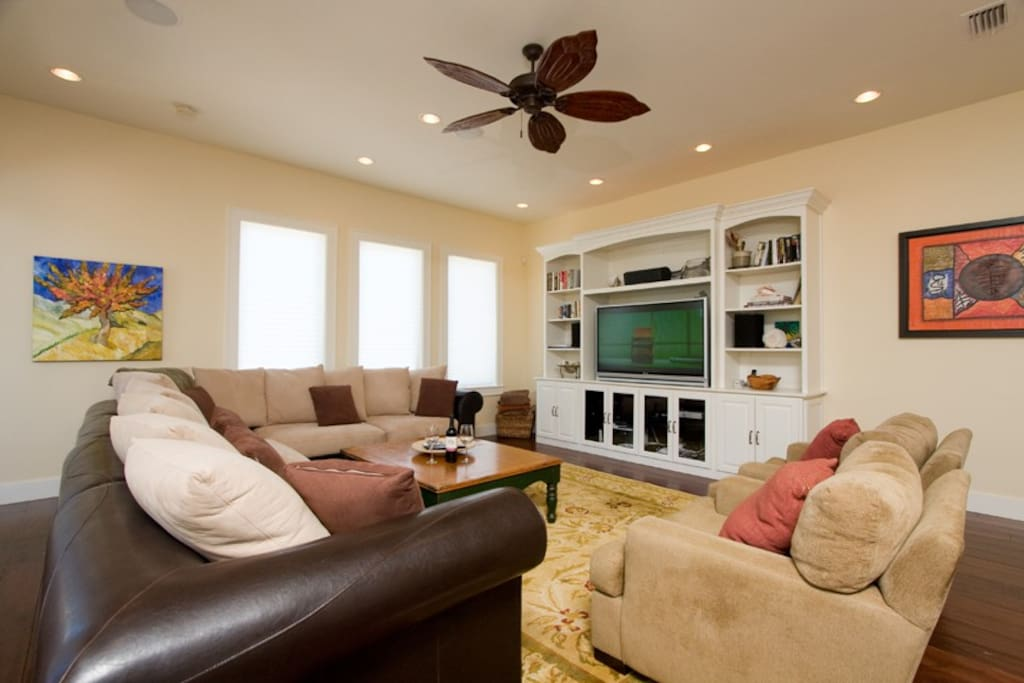 Living area view 1