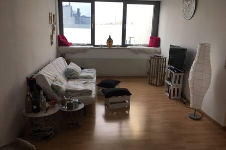 Moderne Wohnung in der Fußgängerzone Frankfurt - Frankfurt nad Mohanem