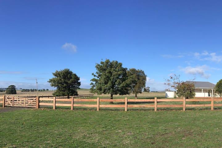 Dunn/Robins unit @ Beckworth Retreat farm