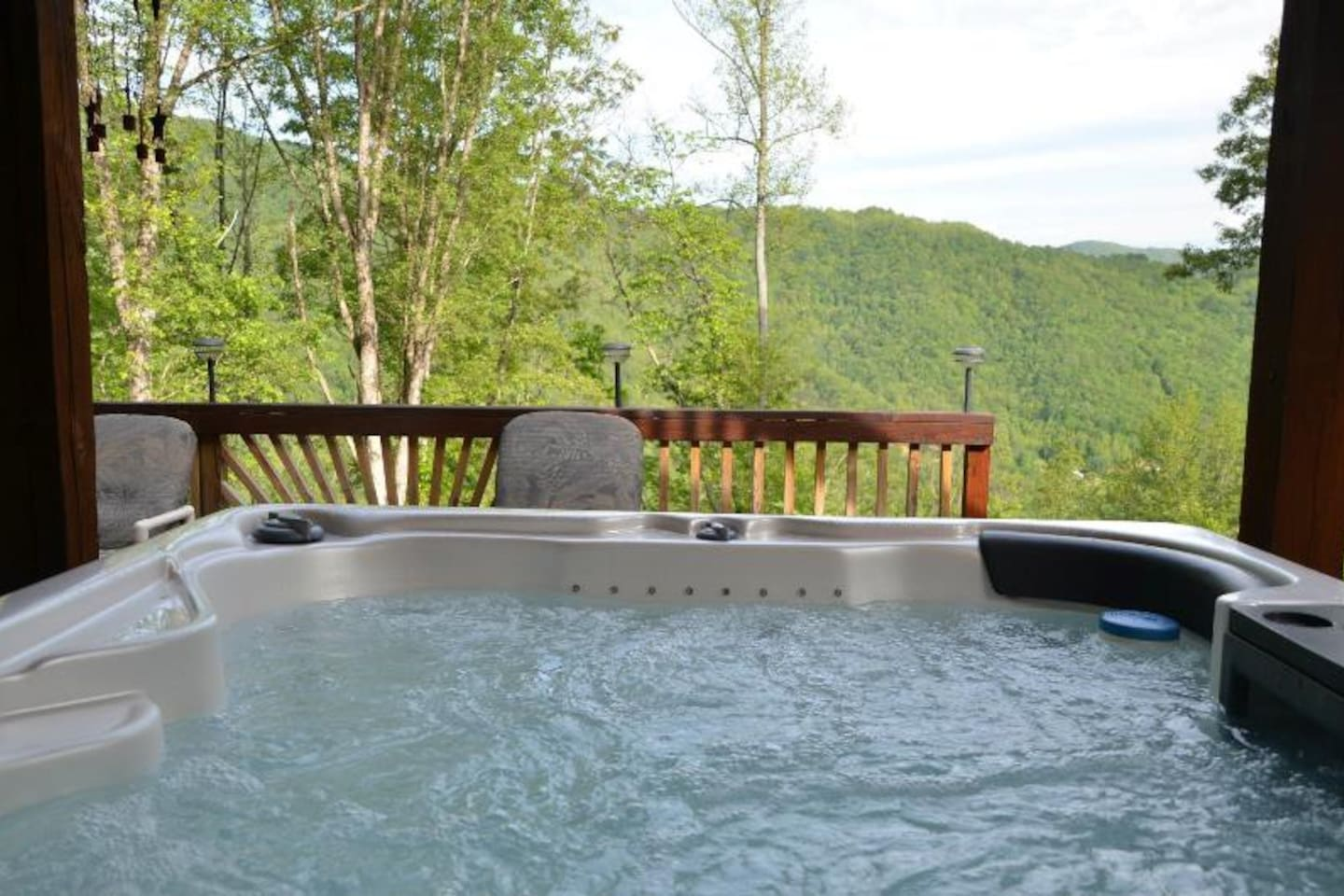 Beautiful Sheltered Hot Tub with View