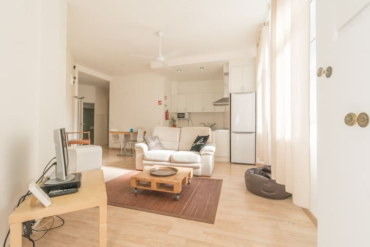 ShortStayFlat - Private Studio in Central Lisbon