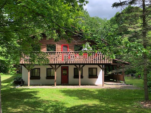 Calabogie Peaks Red Door Chalet