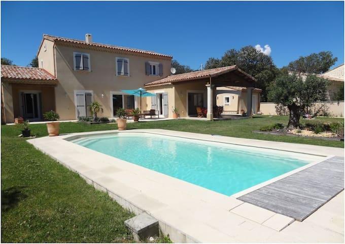 Villa de charme – Drôme Provençale (26)