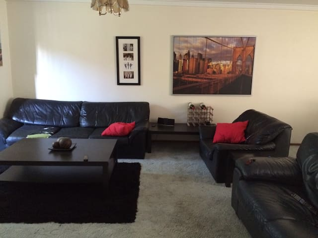Single room in vibrant Perth suburb - Leederville - Квартира