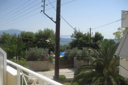 Διαμέρισμα με θέα τη θάλασα - Kato Almiri - Leilighet