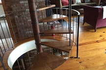 Spiral staircase -- a 1970s throwback.