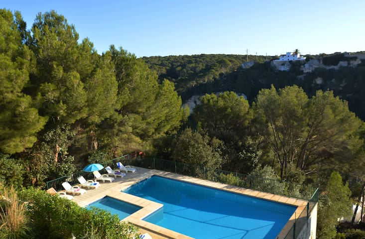 Spacious and cozy duplex with pool in Cala Galdana - Serpentona - Dom