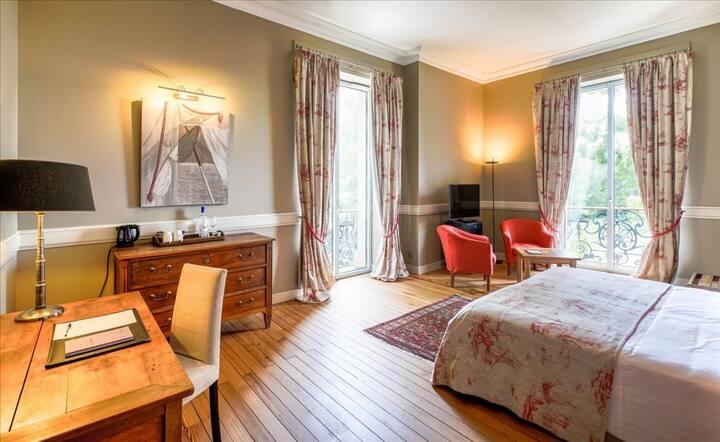 Chambre Deluxe vue sur la Garonne 45m²