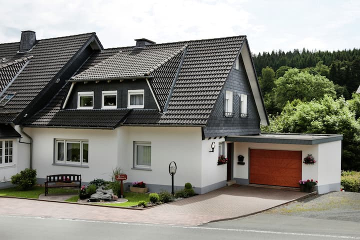 Luxury Apartment in Küstelberg Sauerland near Ski Area