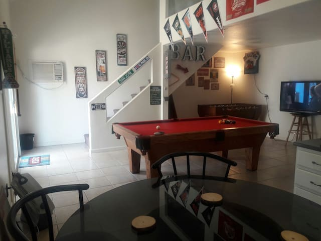 Private Guest house with loft. Adults only. - Las Vegas - Loft
