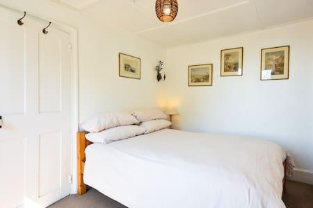 Ebenezer house guest inn - Casa