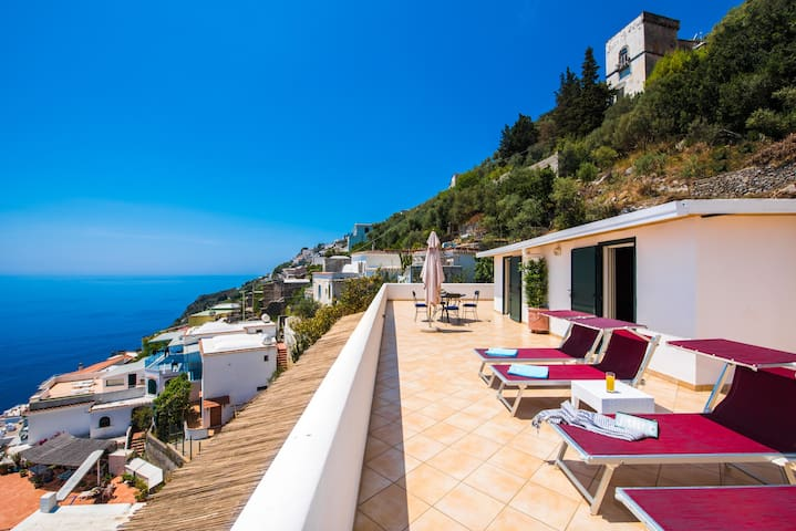 Casa Alea -  Huge terrace and sea view-free WiFi