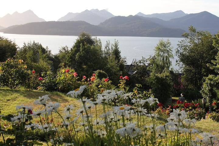 Hermoso y cálido departamento con vista al lago