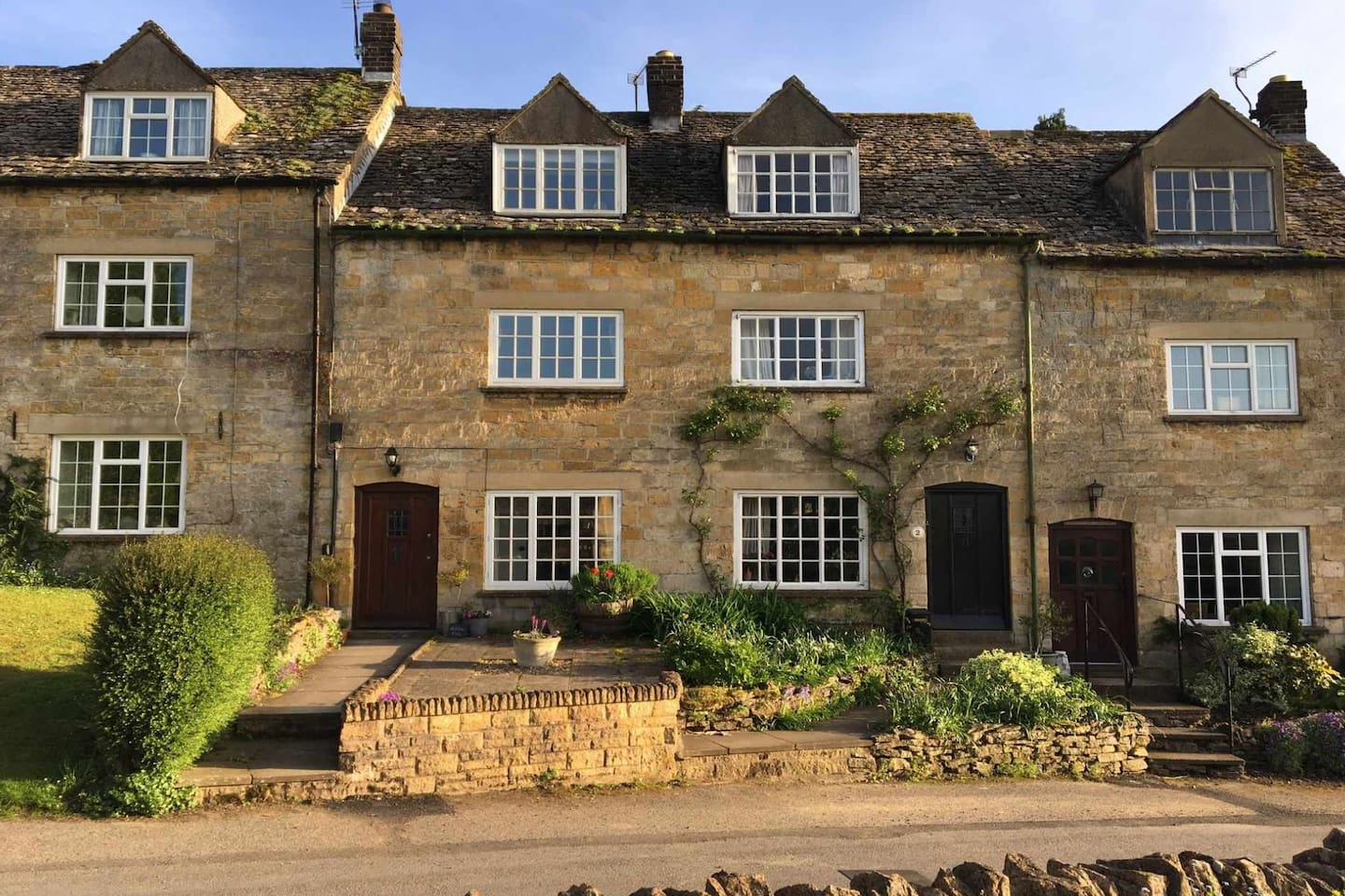 Welcome to Willow Vale, a beautiful cottage in the heart of Snowshill