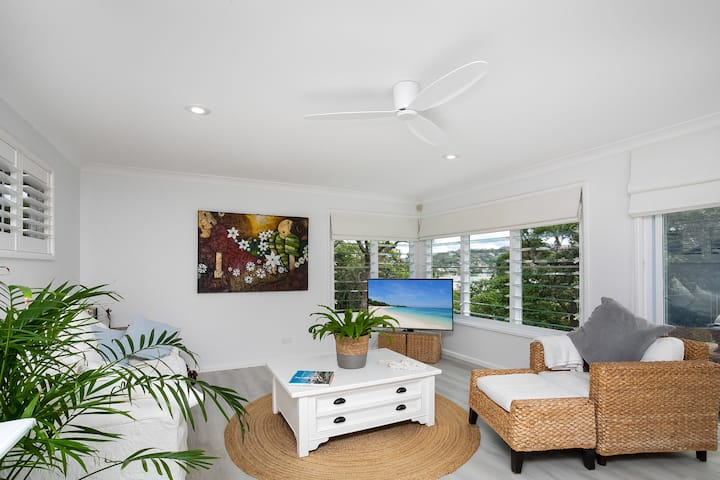Pittwater Retreat - Balinese inspired apartment