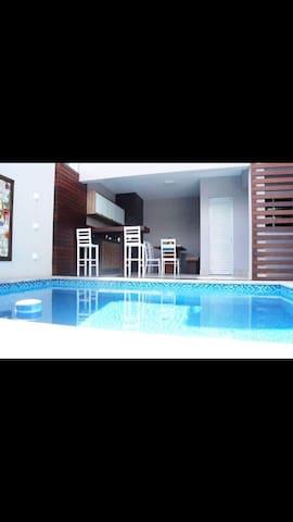 Casa TOP completa Balneário Camboriú - Balneário Camboriú - Casa