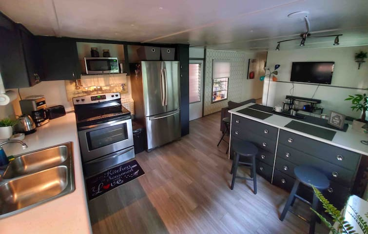 cute, modern vacation mobile home