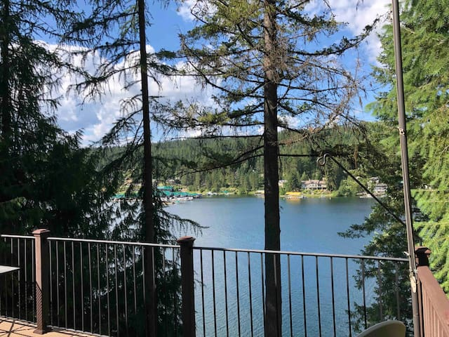 Entire Rockford Bay Lakehouse w/private dock, view