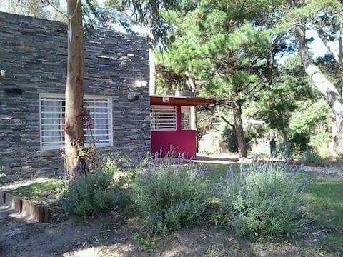 Bosque y playa - Casa Nomeolvides 1